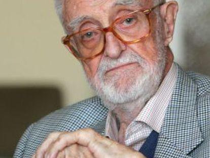 José Luis Sampedro, en el Círculo de Bellas Artes de Madrid en 2006.