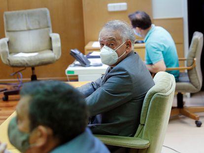 El comisario Eugenio Pino, este martes al inicio del juicio por el caso conocido como 'pendrive de Pujol' en la Audiencia Provincial de Madrid.