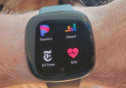 Imagen de un Fitbit Sense.