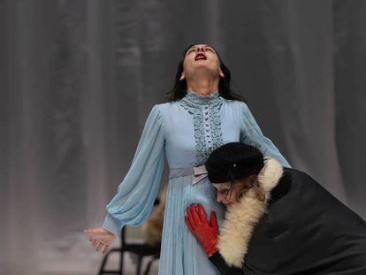 Una escena de 'Padre' en el Teatro de la Colline, en París.