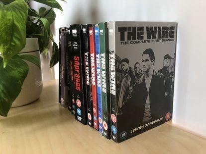 La colección en DVD de 'The Wire', cuya primera temporada se emitió en 2002, y otras series de HBO y películas.
