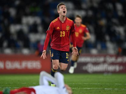Dani Olmo celebra el gol de la victoria contra Georgia, este domingo en Tiflis.