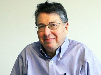 El escritor y profesor estadounidense Lewis Hyde.
