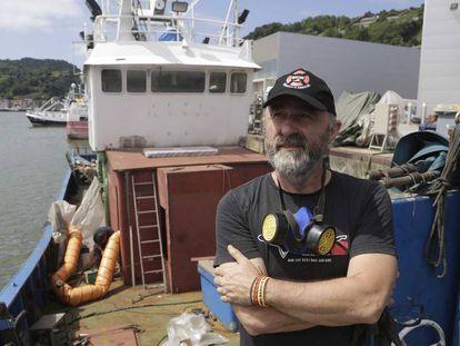 Íñigo Gutiérrez, representante de salvamento Marítimo Humanitario, a bordo del barco de rescate 'Aita Mari'.