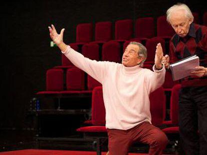 Arturo Fernández y Albert Boadella, en un ensayo.
