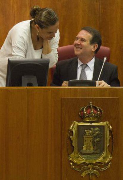 Carmela Silva y Abel Caballero, durante un pleno del Ayuntamiento de Vigo.