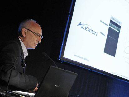Francis Mojica, durante su presentación en el encuentro biotecnológico Biospain, en Bilbao.