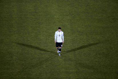 Messi abandona el campo tras caer ante Chile