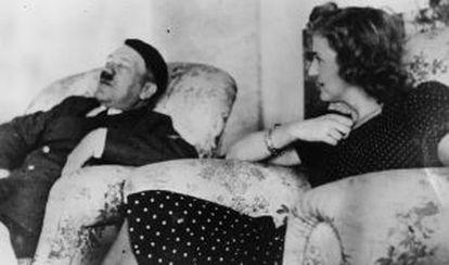 Hitler y Eva Braun en 1940.