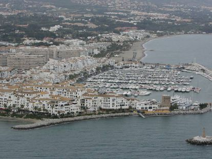 Vista aérea de Puerto Banús, Marbella (Málaga).