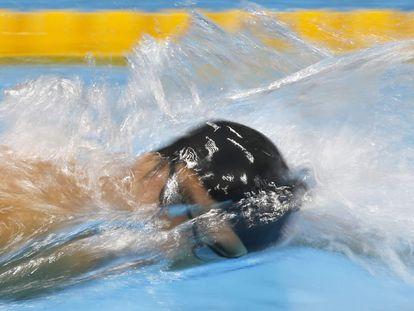 Phelps, durante la final de los 4x200 metros libre, en la que consiguió con el equipo de EE UU el oro y su 19ª medalla olímpica.