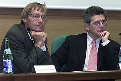 José Luis Díez Ripollés (derecha) y Per Stangeland, durante las jornadas sobre urbanismo y delincuencia.