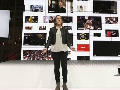 La directiva de YouTube Susan Wojcicki, durante la presentación de YouTube TV en Los Ángeles.