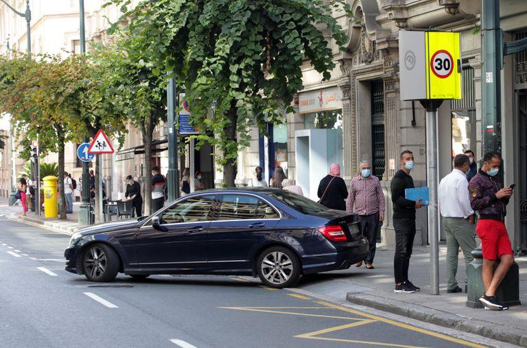 Bilbao aplica desde este martes la limitación de circular a menos de 30 km/h por el casco urbano de la ciudad.