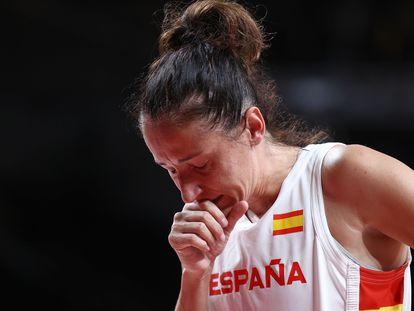 Laia Palau se lamenta tras la derrota de España ante Francia.