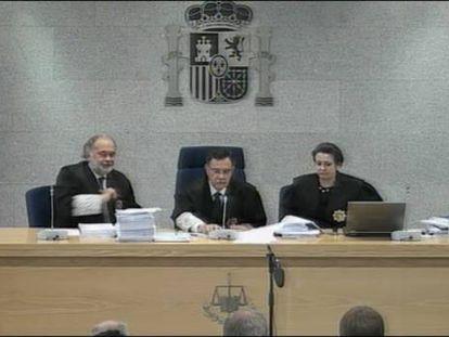 Vídeo del inicio del juicio de las 'herriko tabernas' en la Audiencia Nacional, el 17 de octubre de 2013.