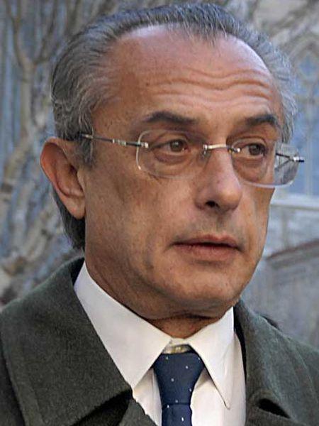 Carlos Bueren.
