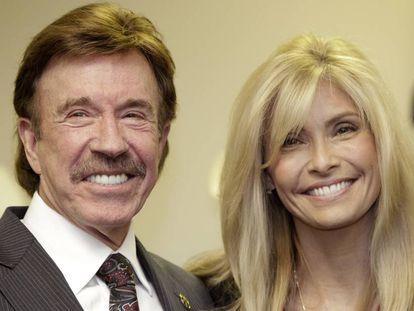 El actor Chuck Norris y su esposa Gena, en una imagen de 2010.