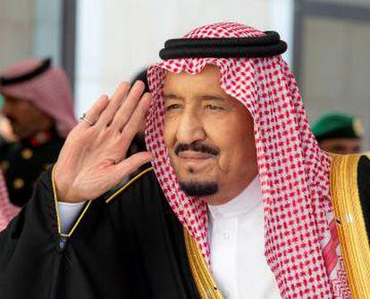 El rey Salmán, este lunes en Riad.