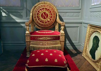 Trono de Napoleón Bonaparte, de la colección privada de Bruno Ledoux, en París.