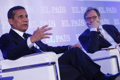 El presidente del Perú, Ollanta Humala, y junto a Juan Luis Cebrian