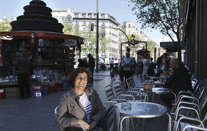 La periodista Cécile Thibaud, en la glorieta de Bilbao.