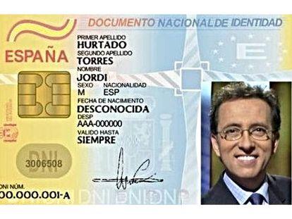 El año pasado, la Guardia Civil subió esta foto a su cuenta de Twitter para recordar a la población que debía mirar la fecha de caducidad de su DNI.