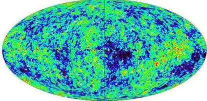 Las fuentes de radiación utilizadas para verificar el proceso de datos obtenidos por el satélite 'WMAP' se muestran como circulitos blandos, sobre el mapa de la radiación de fondo cósmica en microondas.
