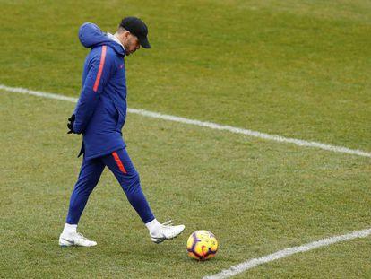 Simeone, durante el último entrenamiento del Atlético.