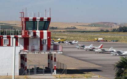Nueva torre de control del aeropuerto de Cordoba.