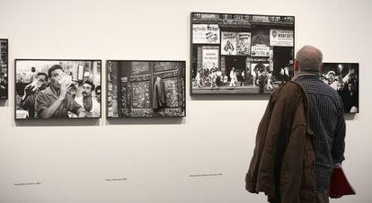 Unas imágenes más de la Barcelona de los sesenta de Miserachs.