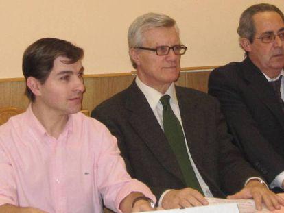 César Román (izquierda), durante su etapa en CDS Madrid.