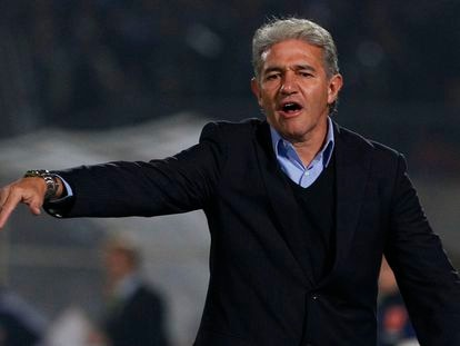 Jorge Burruchaga, durante un partido de la Copa Libertadores.