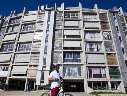 Viviendas públicas en Madrid vendidas a fondos buitre.