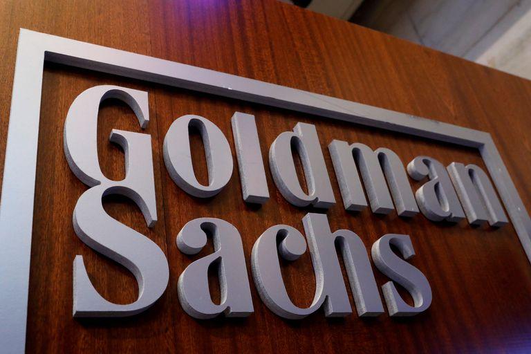 Cartel del banco de inversión Goldman Sachs en sus oficinas en la Bolsa de de Nueva York. REUTERS/Brendan McDermid/