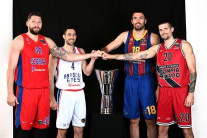 Kurbanov, Balbay, Oriola and Cinciarini, the four captains of the final phase, with the Euroleague trophy.