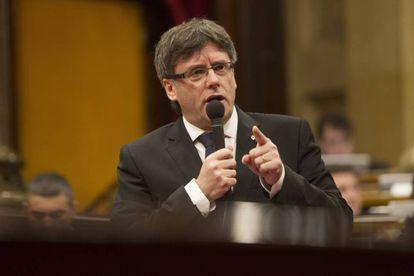 El presidente de la Generalitat, Carles Puigdemont, el miércoles en el 'Parlament'.