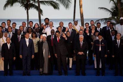 El presidente venezolano Nicolás Maduro con los mandatarios de la Cumbre de los países no alineados.