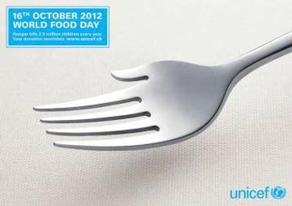 """UNICEF. """"16 de octubre. Día Mundial de los alimentos. El hambre mata anualmente a un millón y medio de niños   Tu donación alimenta"""". Agencia Saatchi & Saatchi, Suiza."""