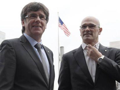 Carles Puigdemont y Raül Romeva, durante una visita a Washington DC, en 2017.