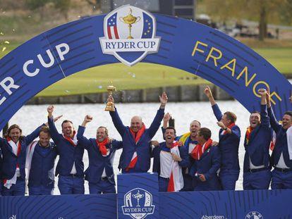El equipo europeo celebra la victoria en la Ryder Cup.