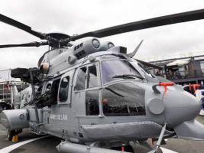 En la imagen, un helicóptero Eurocopter EC725. EFE/Archivo