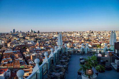 Las vistas desde la terraza del Hotel Riu Plaza de España.