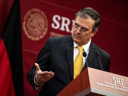 Marcelo Ebrard durante una conferencia de prensa.