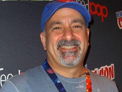 Dan Didio, exco-editor de DC Comics en la New York Comics Con de 2012.