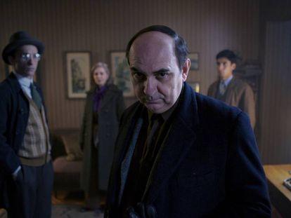 Luis Gnecco, como Pablo Neruda.
