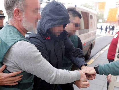 El sospechoso de la muerte de Marta Calvo, Jorge Ignacio P. J., a su llegada al Juzgado 6 de Alzira (Valencia).