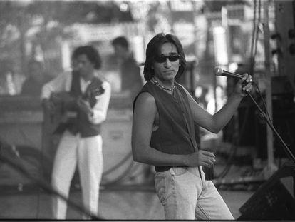 Antonio (en primer término) y Josemi Carmona, miembros de Ketama, en un concierto en Madrid en 1995.