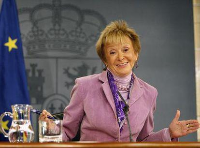 La vicepresidenta María Teresa Fernández de la Vega, tras la reunión del Consejo de Ministros.