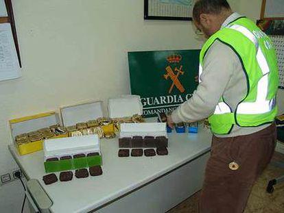 Cocaína aprehendida por la Guardia Civil.
